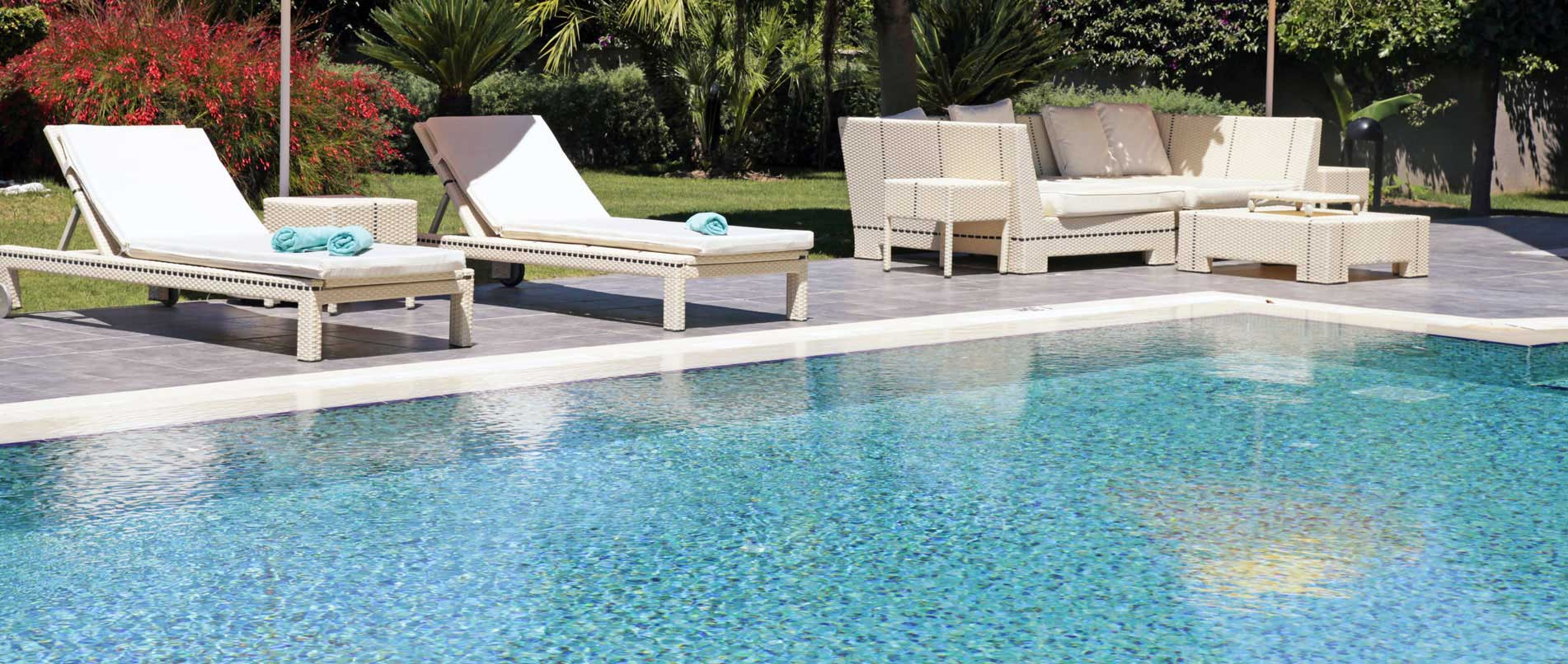 your conciergerie - swimming pool maintenace of your second house, holiday residence in the gard